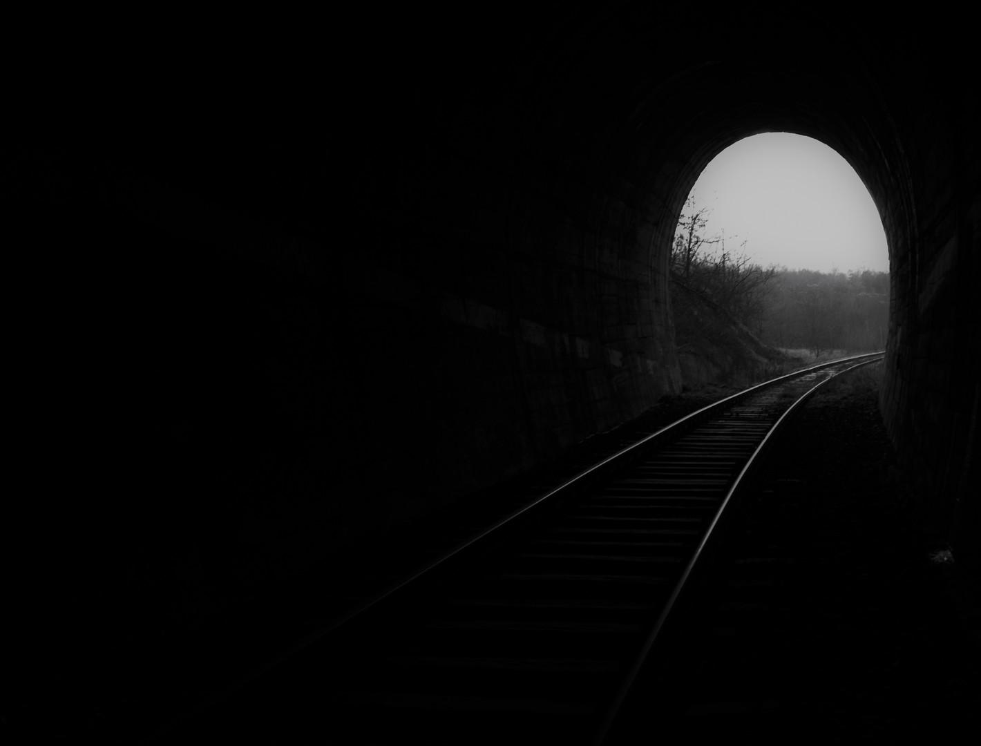 iz tame..