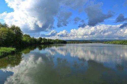 Aleksandar Eksplozija oblaka