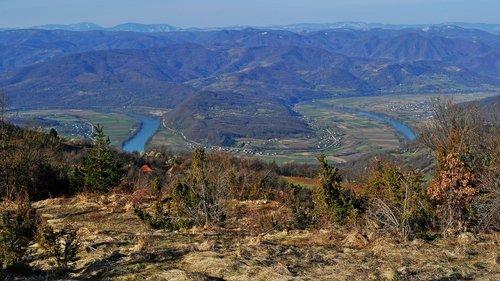Avanti Pogled na Drinu