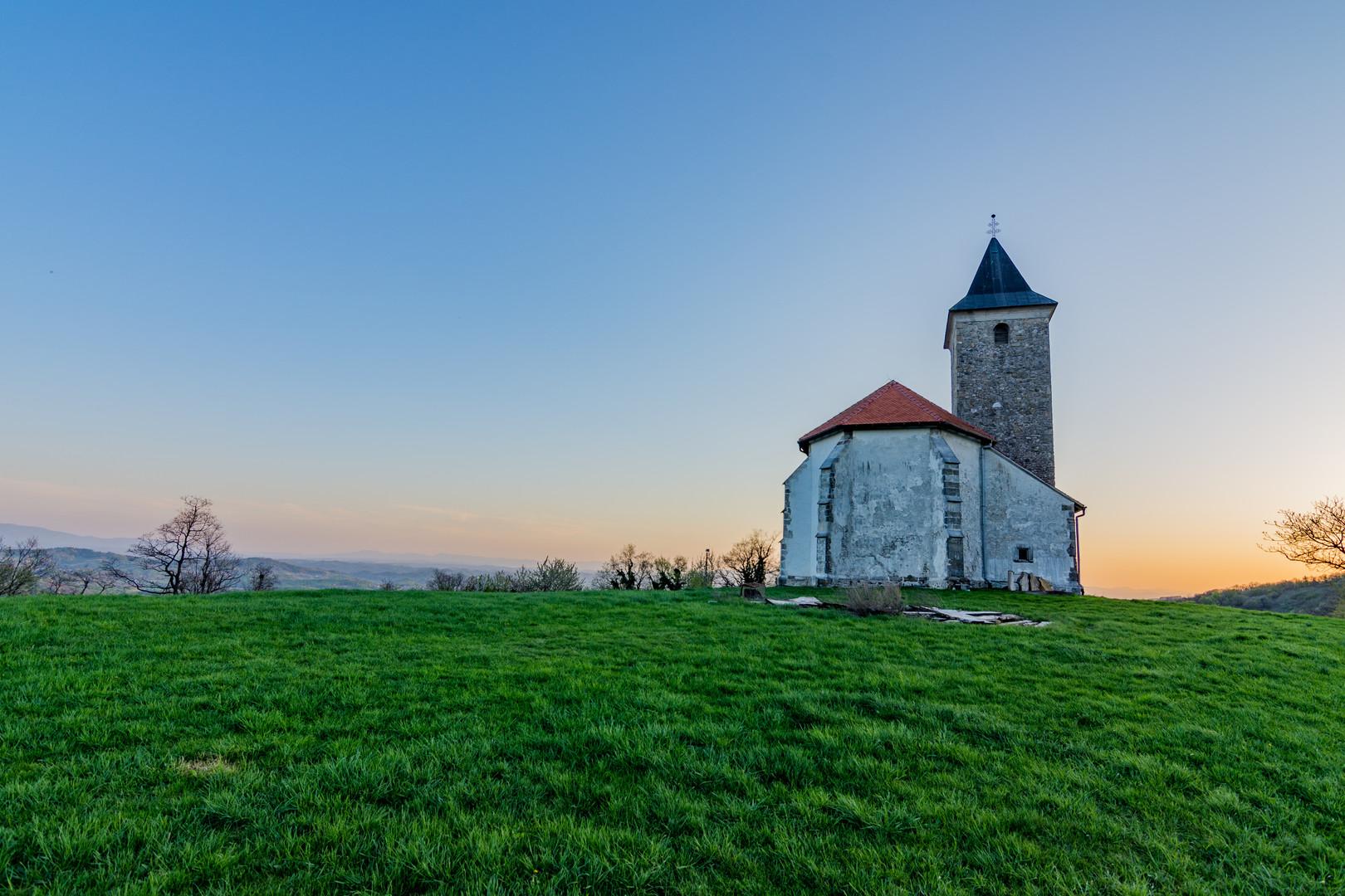 Crkva na brdu