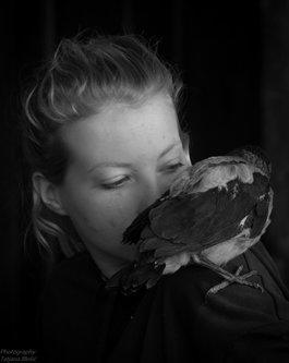Blondie Devojka sa pticom 1
