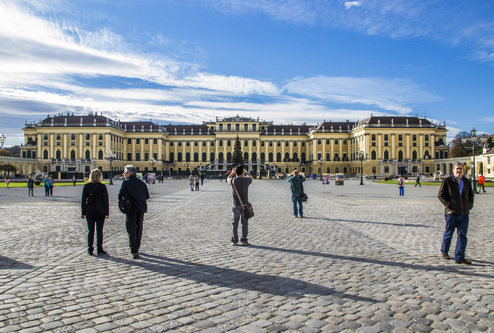 BlueSabbath Šenbrun za turiste