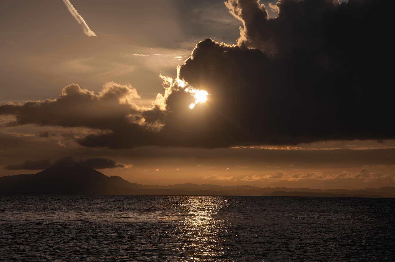 Obale Krfa u predvečerje