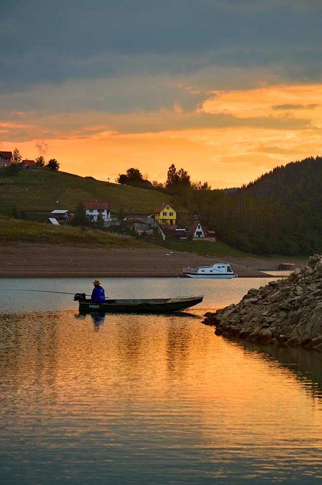 Ribarev san pred zalazak sunca.