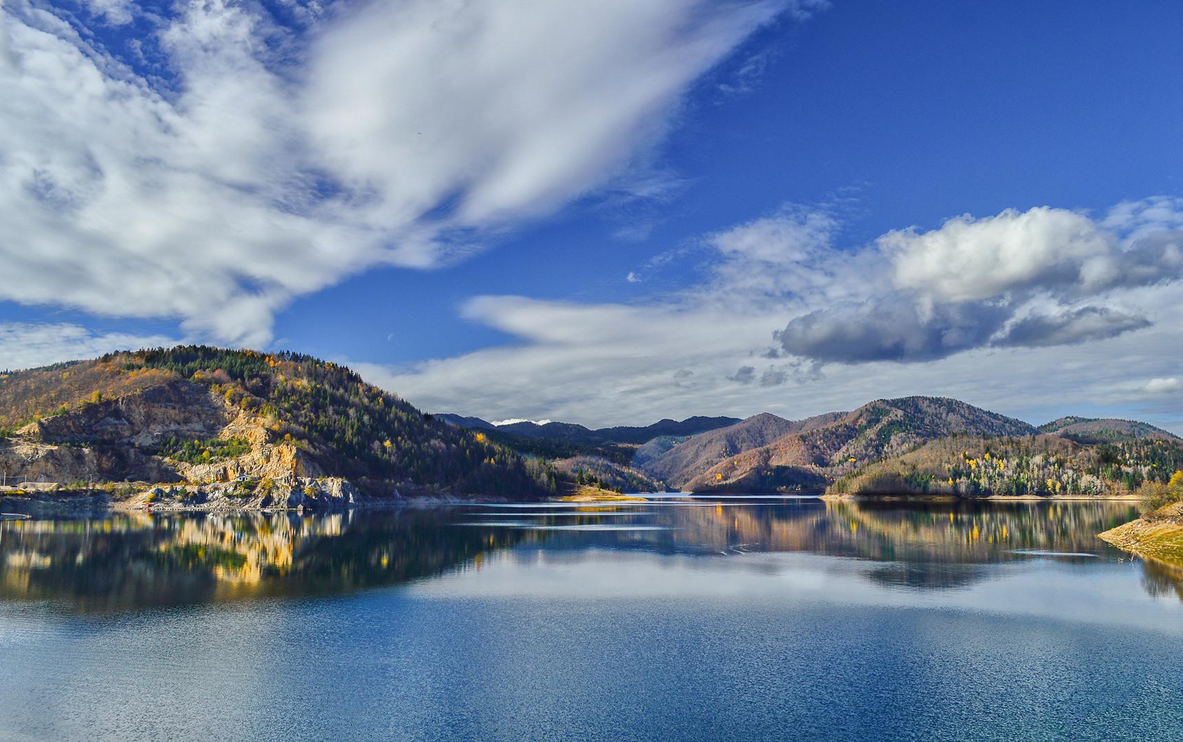Tarska bajka sa jezera Zaovine.