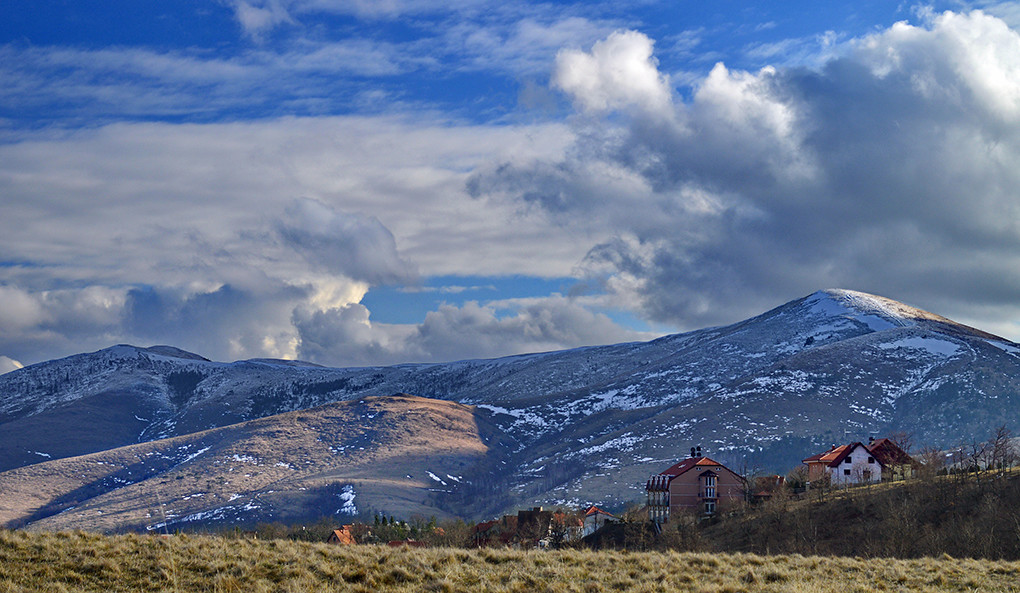 Zlatiborski snezni vrhovi.