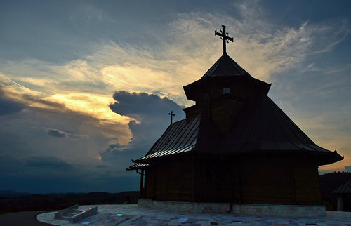 Brkica956 Vece ispod Murtenice, crkva u Draglici