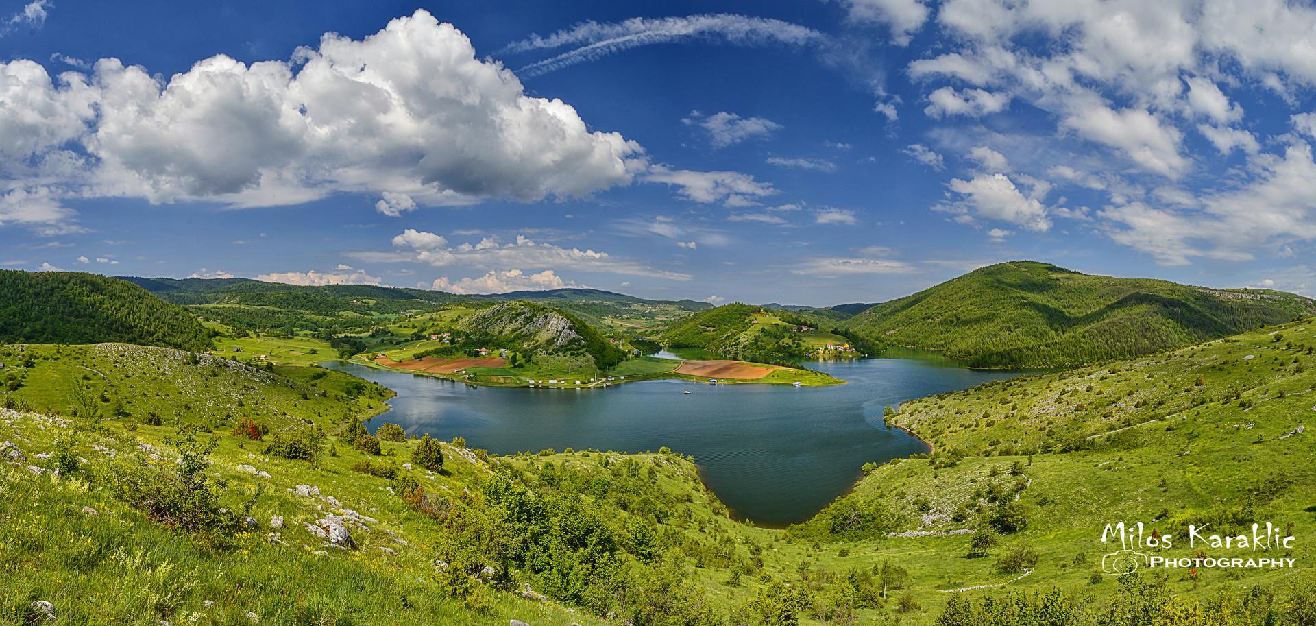 Uvacko jezero ,Saponjica zaliv.