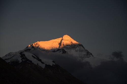DIvan Odlazak sunca sa Everesta
