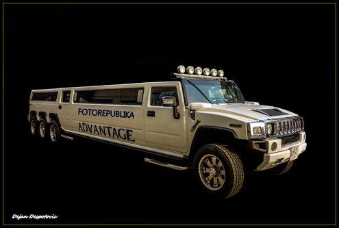 Despa Hummer H2 limousine