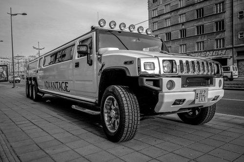 Despa Hummer H2 limousine...