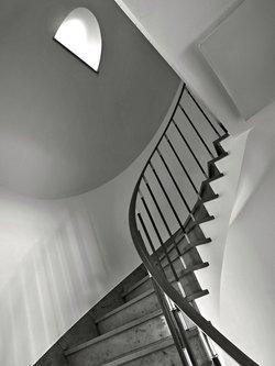 Drrado lines and steps