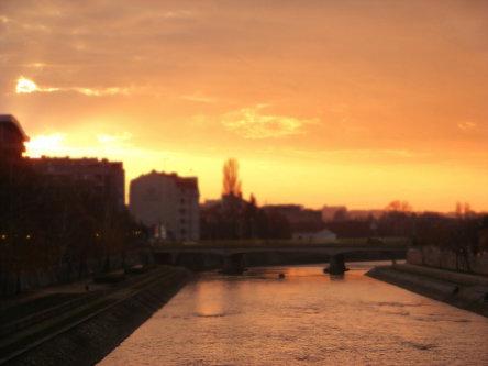 Dzonny Zalazaak sunca...
