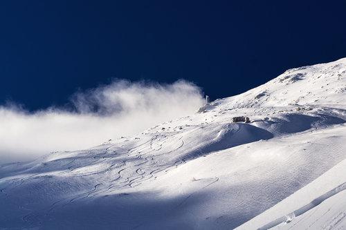 EnricoAdams Tragovi skija