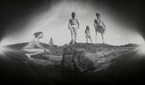 Hurikejn Grupni portret na obali