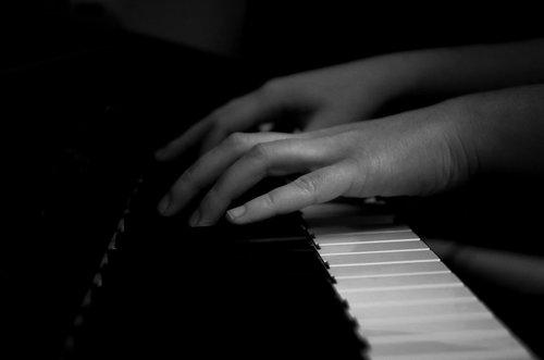 Irena Clair de lune,sonata