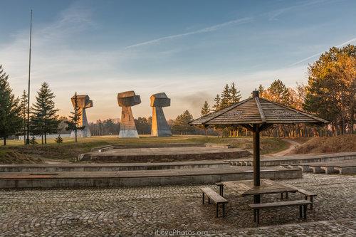 Ivan83 Spomen park Bubanj