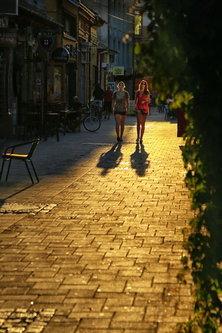 JanNS Golden street