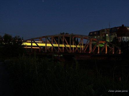 Jekisa Night on Bridge