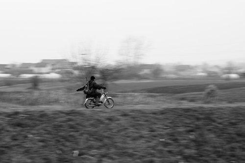 KostaK On the run