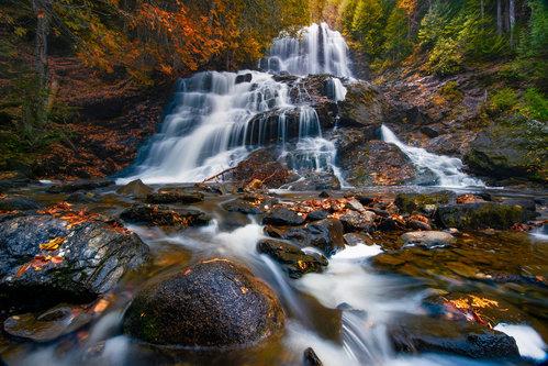 LightHunter Beaver Brook Falls