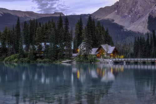 LightHunter Emerald Lake