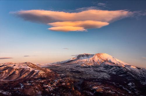 LightHunter Mount St. Helens