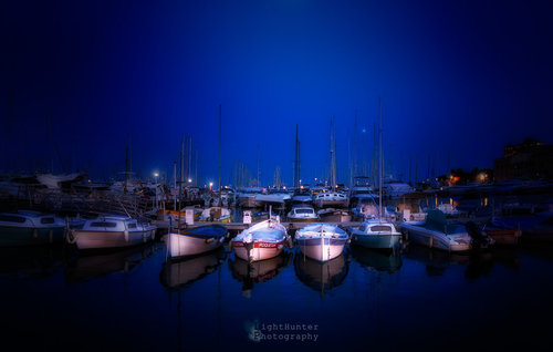 LightHunter Marina ...