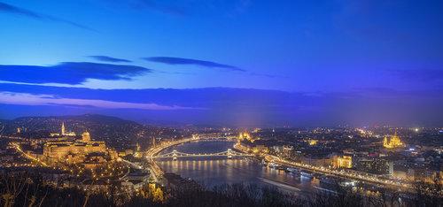 Ljuba Budapest Cittadela