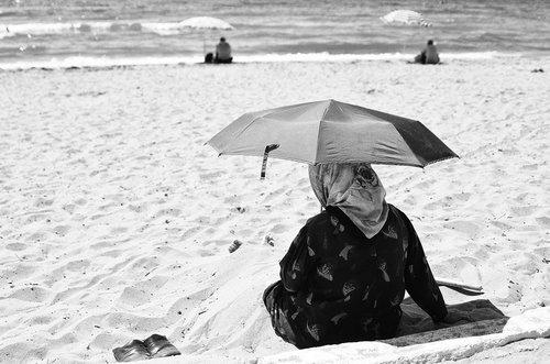 Ljuba Na plaži