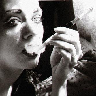 MarinaCoric Cigarette