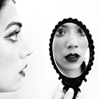 MarinaCoric Mirror Mirror II