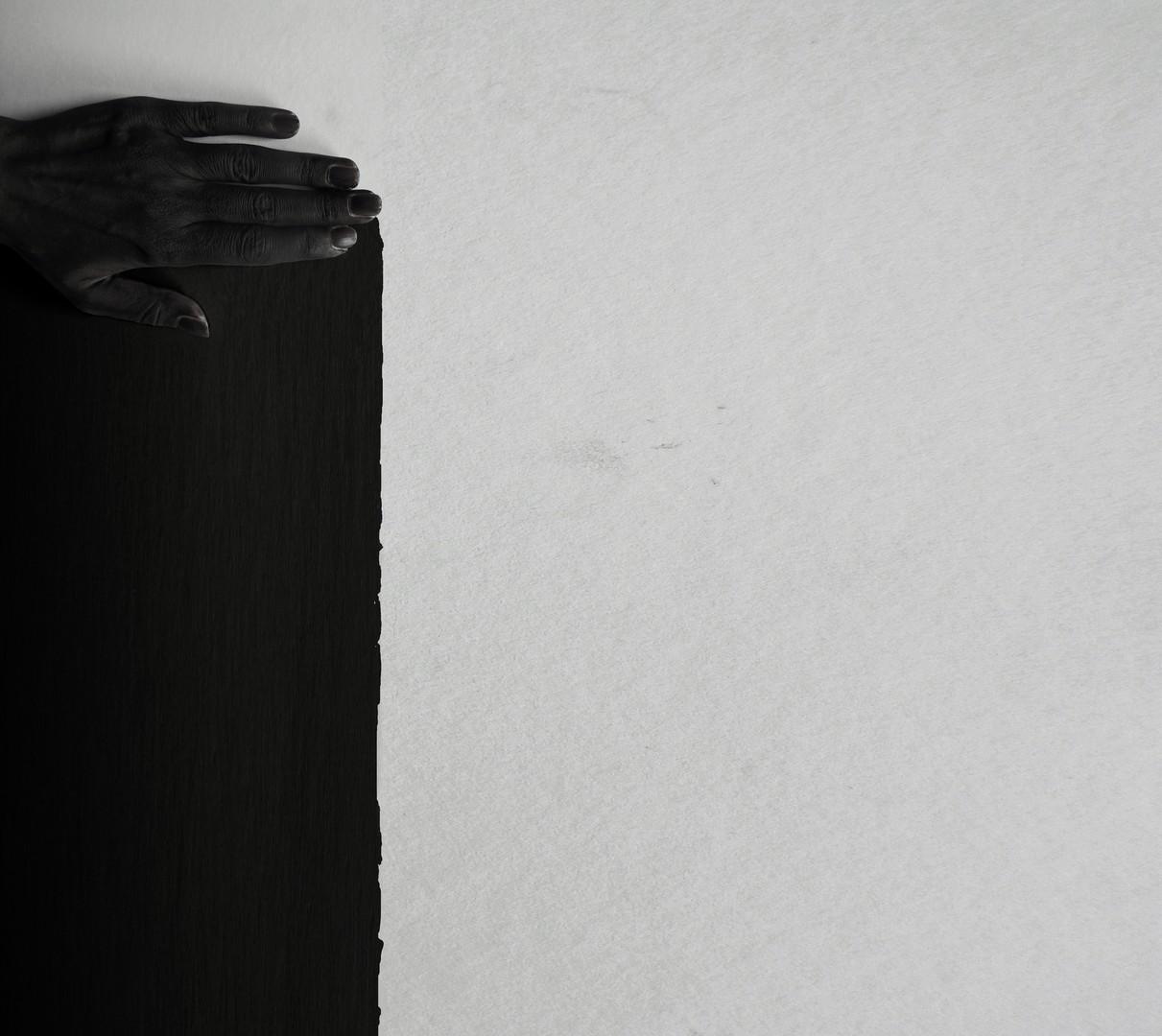 Black / crno