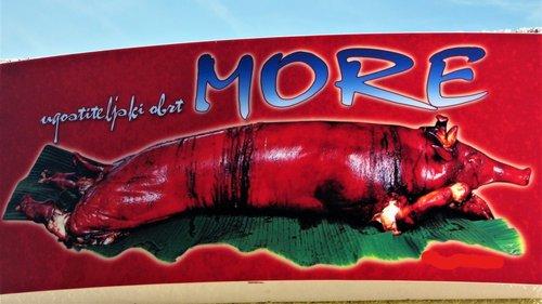 Marisimo U restoranu imena More služi se krme na letećoj, zelenoj, ponjavi