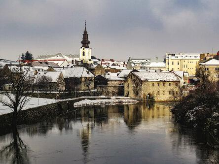 Merina Gospić ukrašen snijegom