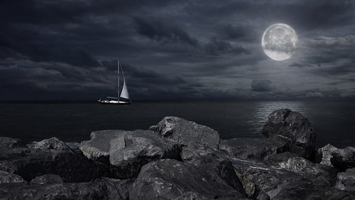 Milena Moonlight Sail