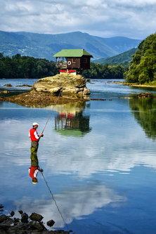 MilosKaraklic Ribar na Drini