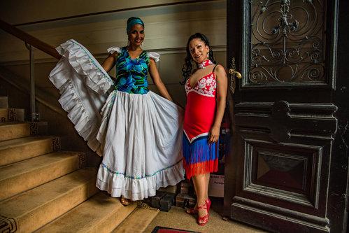 Miroslav Costa Rica dancers