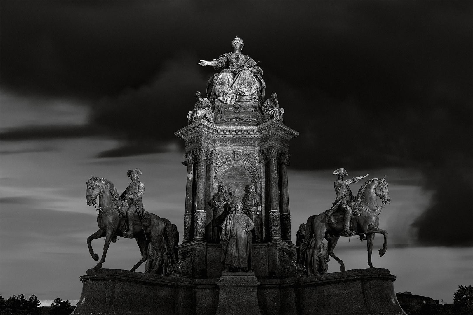 Das Denkmal der Maria Theresia...