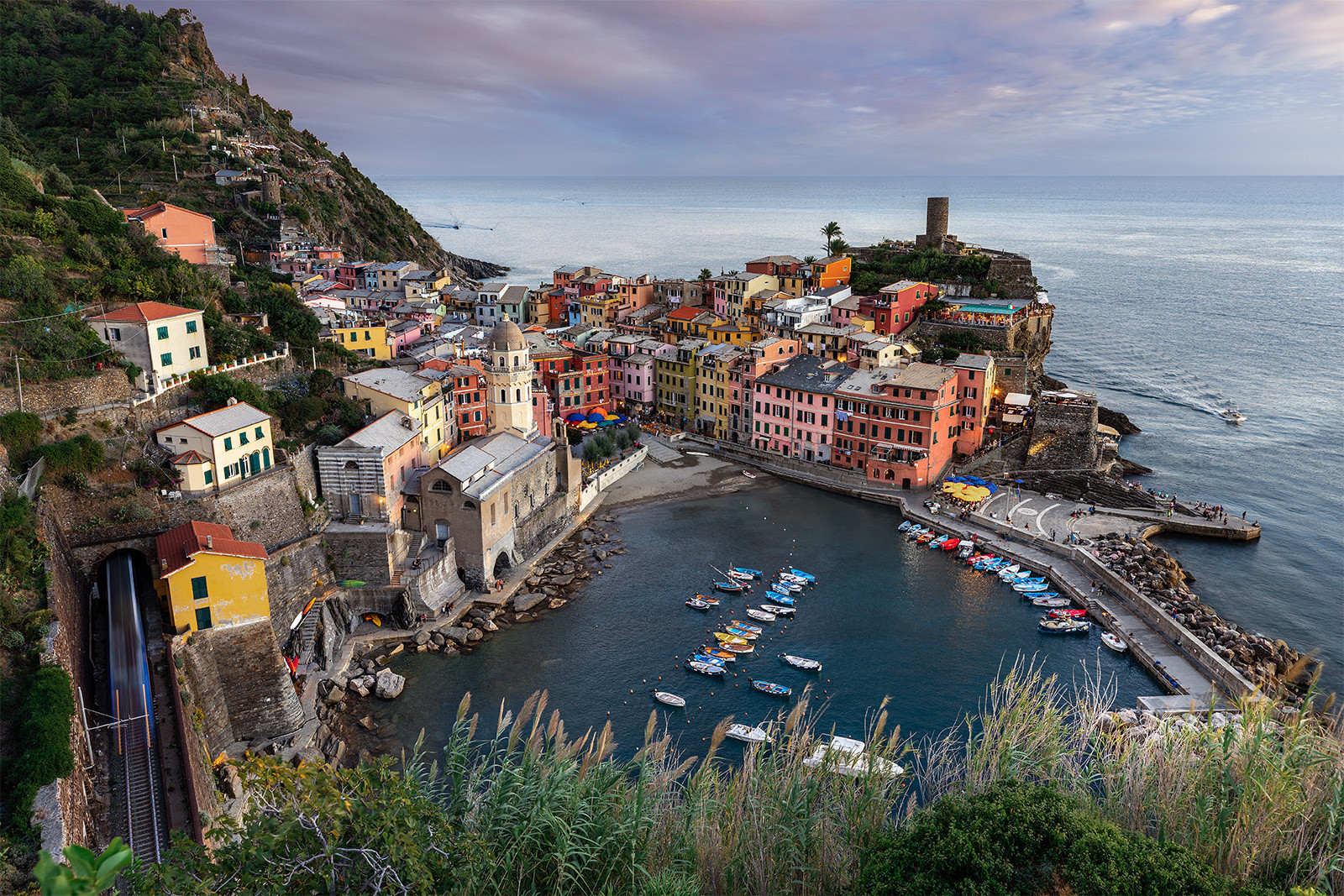 Colors of Vernazza...