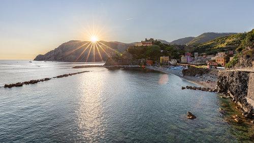 Nenad_Ristic Sunny day in Monterosso...