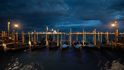 Nenad_Ristic Storm arrives in Venice...