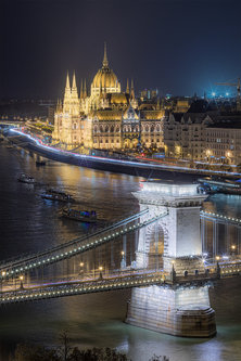 Nenad_Ristic The lights of Budapest...