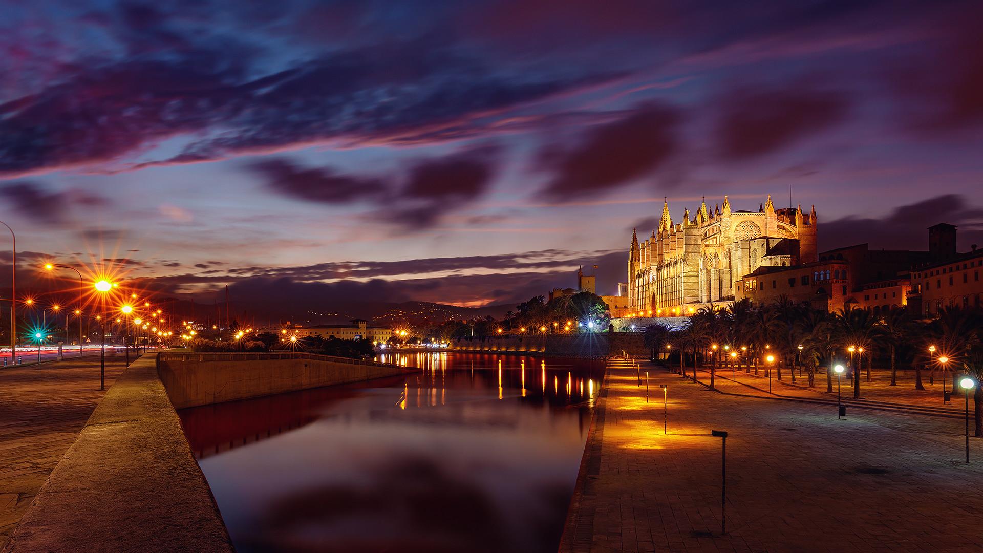 Mallorca... Colours in the night