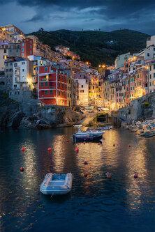 Nenad_Ristic Riomaggiore lights..