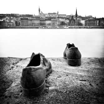 Nermin Shoes on the Danube Bank