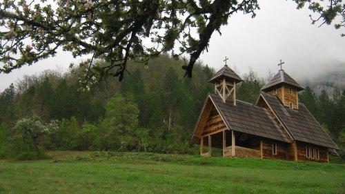 NikolaRadojicic Crkva brvnara