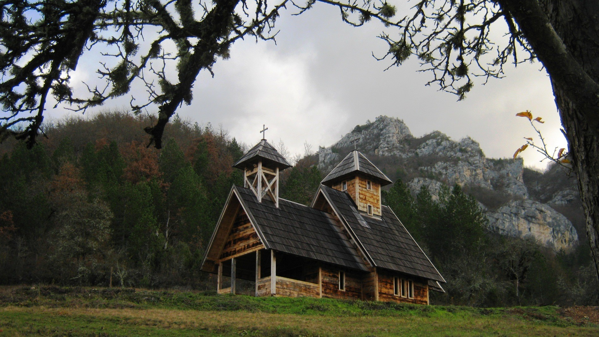 Crkva u planini