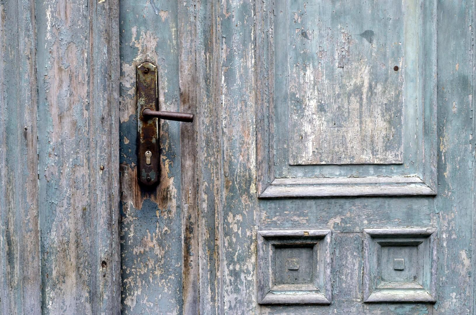 Vrata neka stara