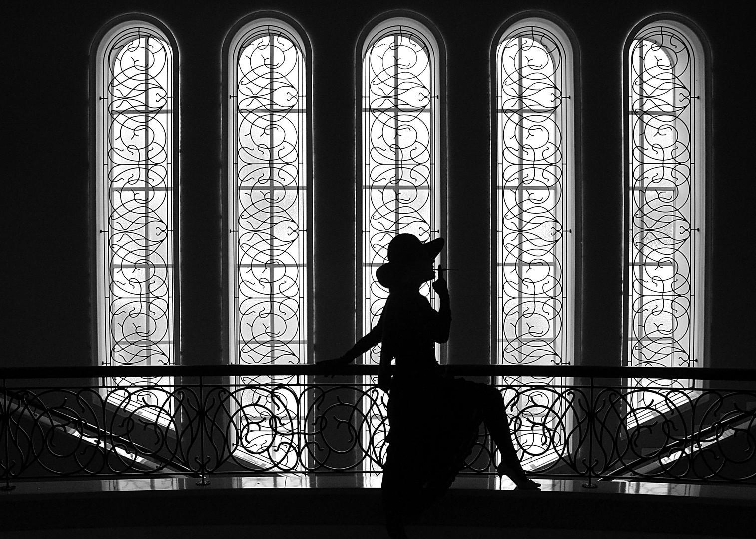 Žena u crnom